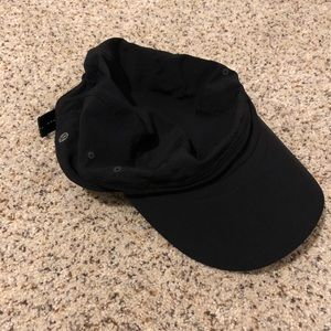 Lululemon flexible black hat